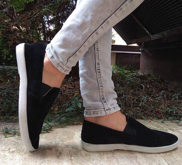 Дамски стилни обувки от велур