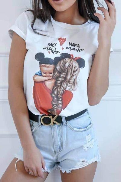 Тениска в бяло с принт мама и бебе