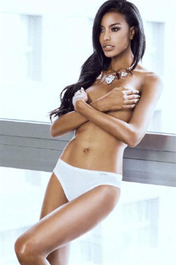 Бели дамски бикини Uva Pierre Cardin SX