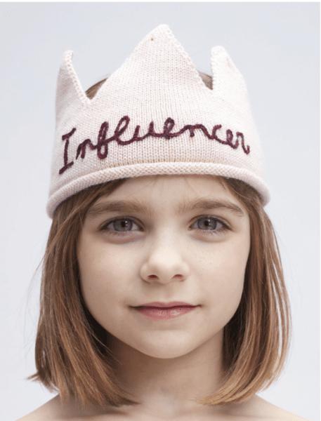 """Oeuf NYC Розова бродирана корона """"Influencer"""""""