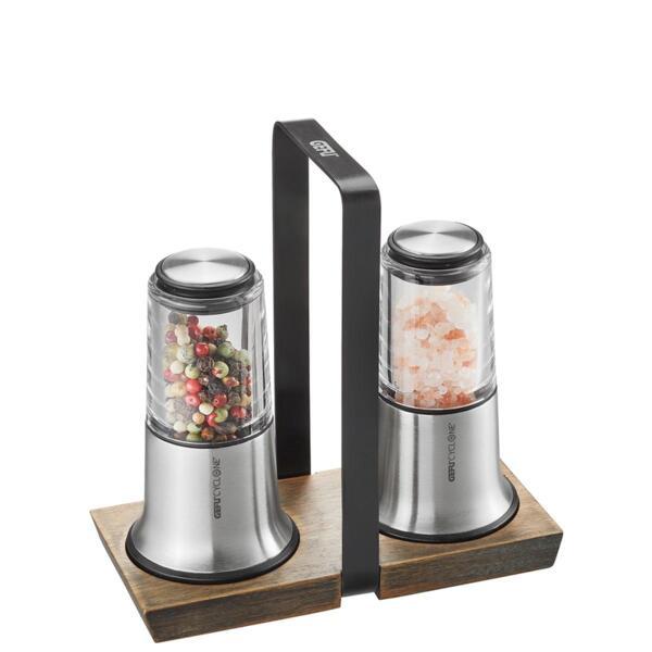 Комплект мелнички Gefu - X-plosion, за сол и пипер, с дървен поднос