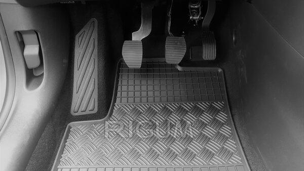 Гумени стелки за Opel Crossland X модел от 2017 година