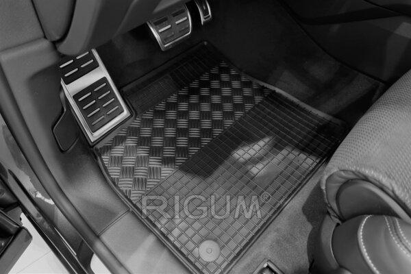 Гумени стелки за Audi Q8 модел от 2018 година