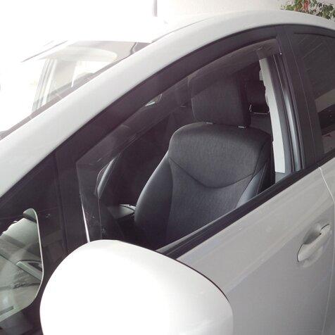 Предни ветробрани за Toyota Prius plus модел след 2013 година