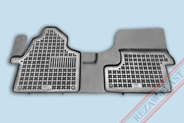 Гумени стелки за Mercedes SPRINTER II - предни с допълнителен материал от страна на водача - от 2006 до  2018 година