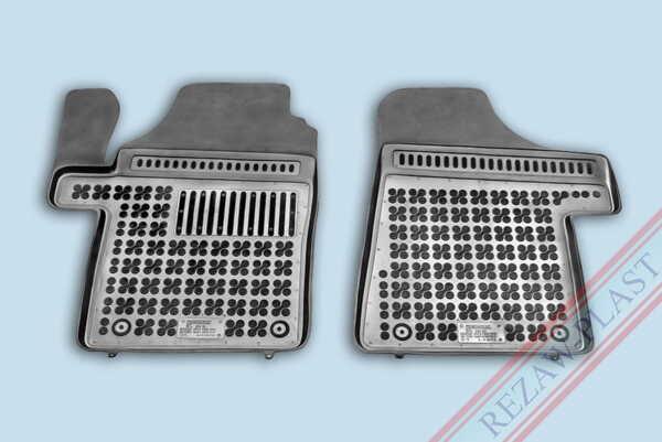Гумени стелки за Mercedes VIANO W639 - предни с допълнителен материал от страна на водача - от 2003 до 2014 година