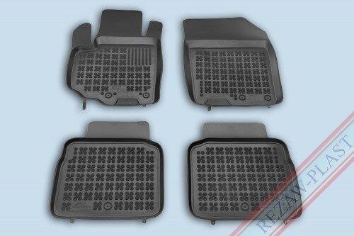 Гумени стелки за Suzuki SX4 S-Cross II - след 2013 година