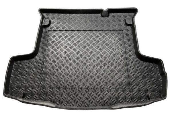 Полиетиленова стелка за багажник на Fiat Linea