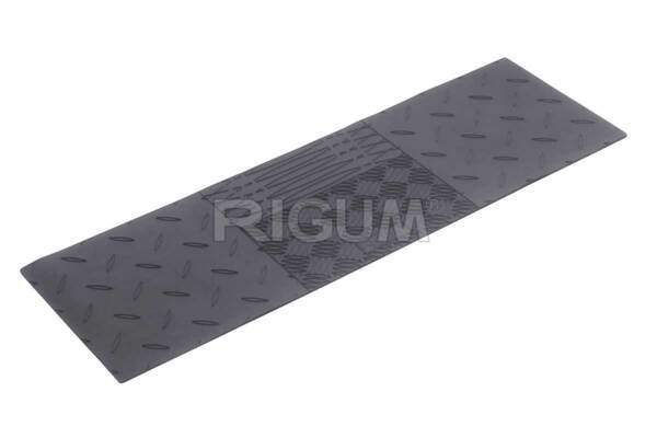 Универсална средна гумена стелка за пода на 2-ри ред седалки