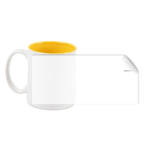 Чаша с жълт цвят пълнеж