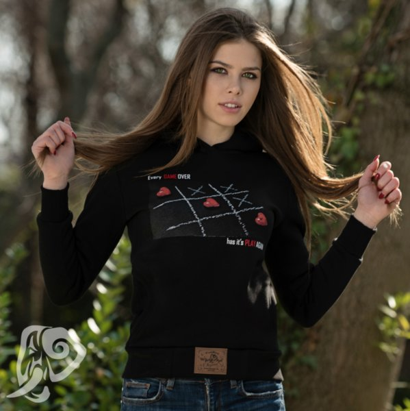 Дамски суичър модел – Another Game