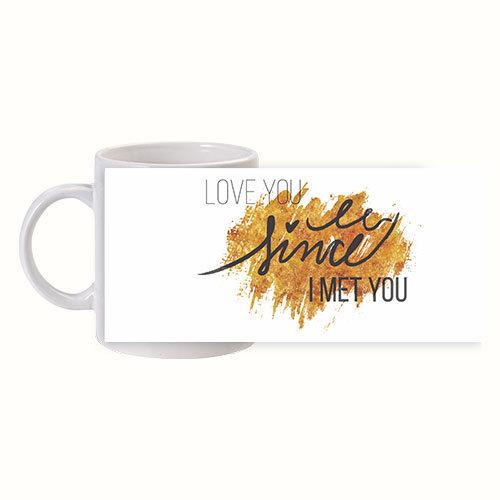 Чаша за Свети Валентин със златно сърце