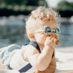 KiETLA: Слънчеви очила Ourson 2-4 години Almond Green