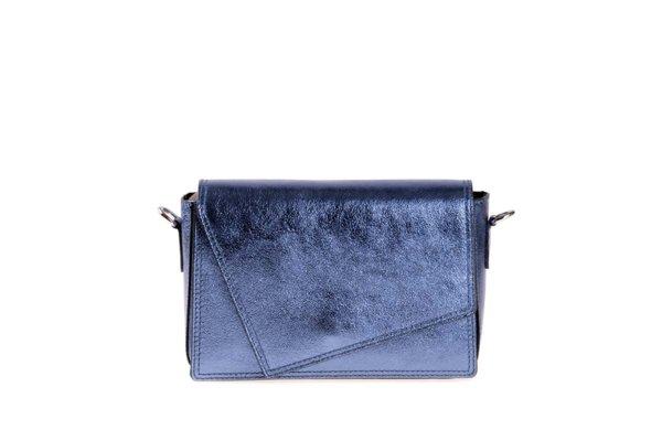 Дамска чанта от естествена кожа в цвят син металик