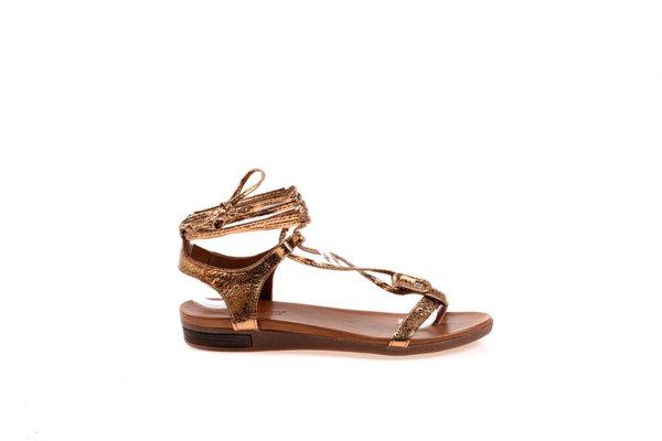 Дамски сандали Aquamarine тип римски в златисто