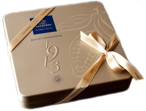 Gold Large Метална Кутия с Шоколадови Бонбони Leonidas (25 Бр.)