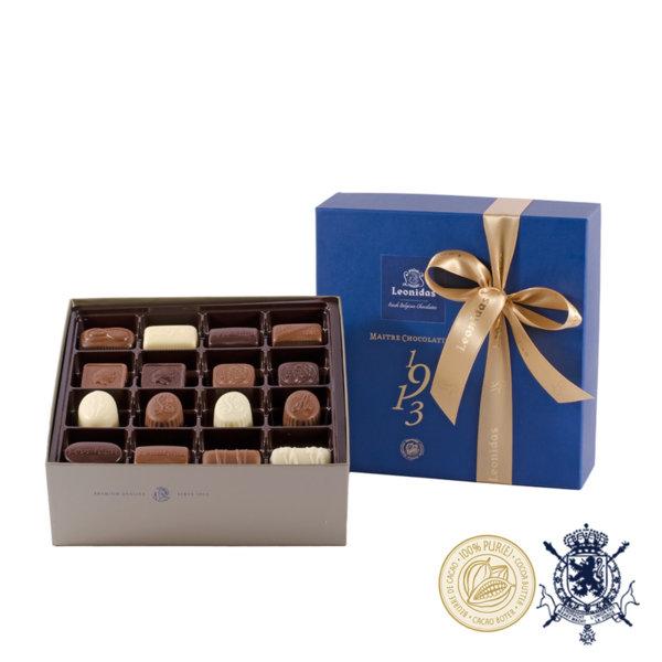 Santiago Синя Кутия с Шоколадови Бонбони Leonidas (32 Бр.)