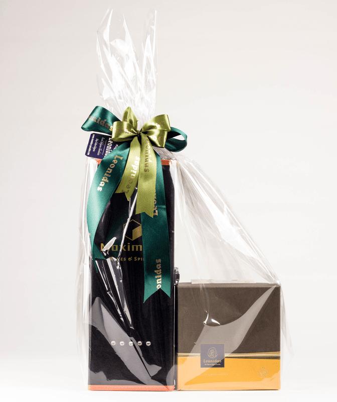 Подаръчен Комплект с Вино и Шоколадови Бонбони Leonidas (примерно 1040 гр.)-Copy