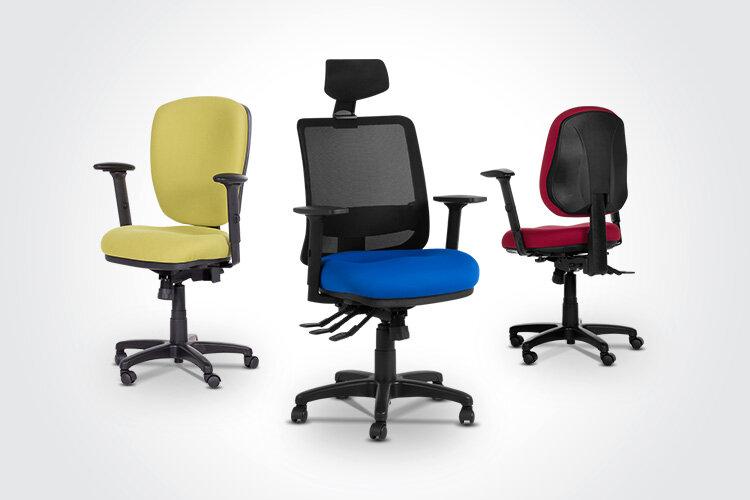 Комбинирайте ергономичния работен офис стол CLARA с ергономичния президентски офис стол SEVERO и ергономичния работен офис стол DANILA.
