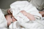 Хранене на бебе на 3 месеца - колко трябва да яде тримесечно бебе?