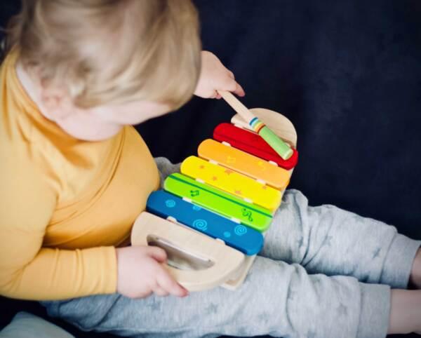 Занимания и игри за деца на 1 година