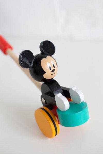 Disney Мики Маус за бутане