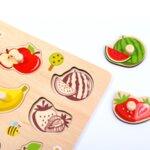 Дървен пъзел с дръжки плодове, Tooky toy