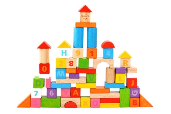Дървен конструктор от каучуково дърво - 70 части с букви и цифри, Tooky toy
