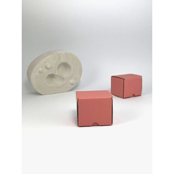 Кутия 40/40/40 мм (( 10 БРОЯ В СТЕК ))