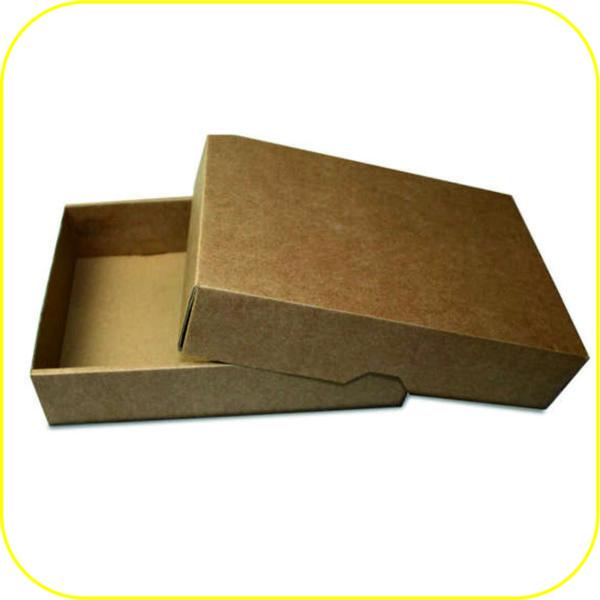 Кутия с капак 215/150/45 мм