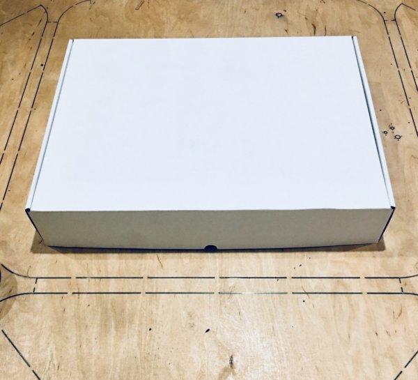 Кутия 400/300/70 мм