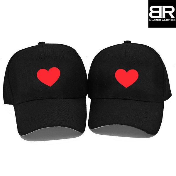 """Комплект от 2бр. шапки за двойки с щампа """"Heart"""""""