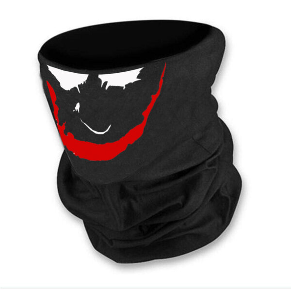 Маска за лице в черен цвят с joker  от Blazer Clothes
