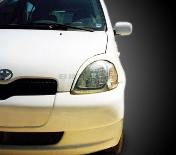 Вежди за фаровете за Toyota Yaris (1999-2005) - черни