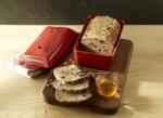 """EMILE HENRY Керамична правоъгълна форма за печене на хляб """"BREAD LOAF BAKER"""" - 28 х 13 х 12 см - цвят черен"""