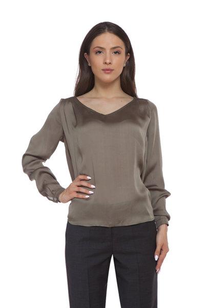 Копринена блуза с V деколте