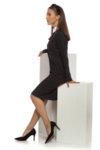 Права вталена черна рокля с яка
