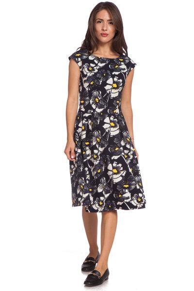 Черна разкроена рокля на цветя