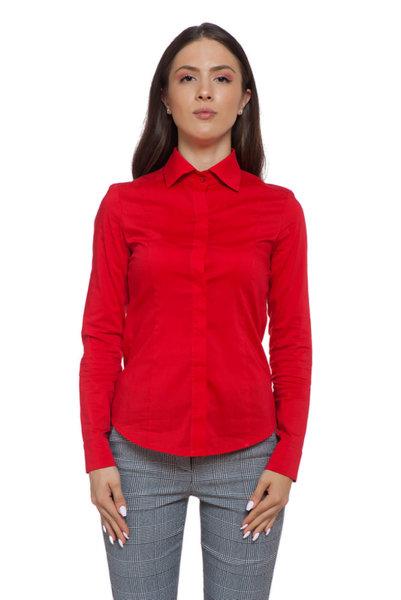 Вталена червена риза