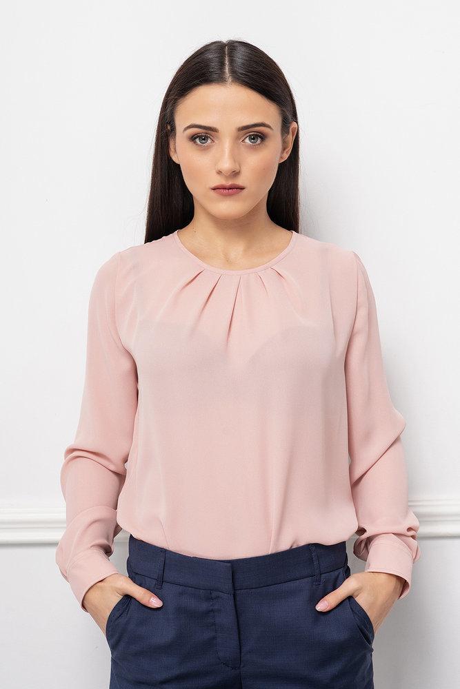 Розова блуза с обло деколте