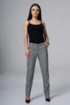 Тесен панталон от черно-бяло каре