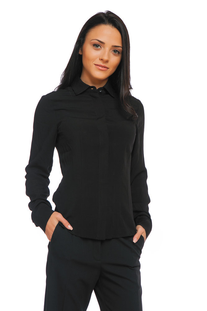 Черна риза