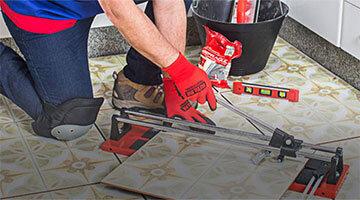 Как да срежем фаянсова плочка при ремонт на банята или коридора
