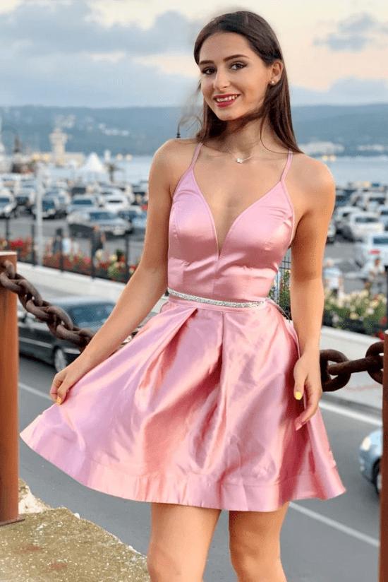 """Коктейлна рокля """"Adriana"""" сатен къса цвят пепел от рози"""
