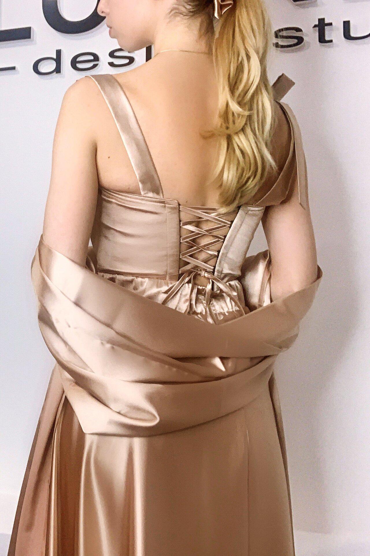 Официална дълга рокля от сатен цвят златен LORRETI