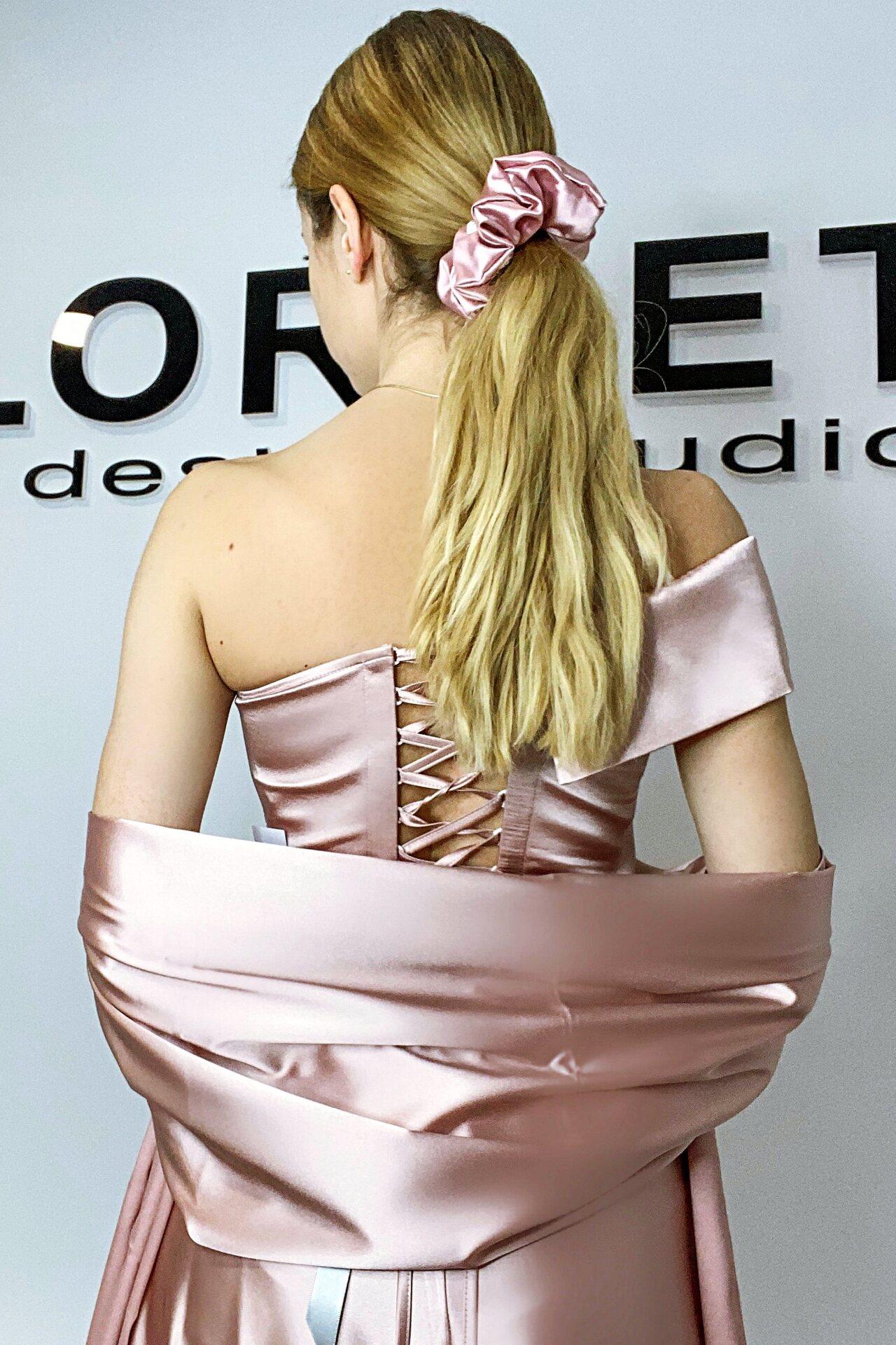 Официална дълга рокля цвят розов с цепка Lorreti