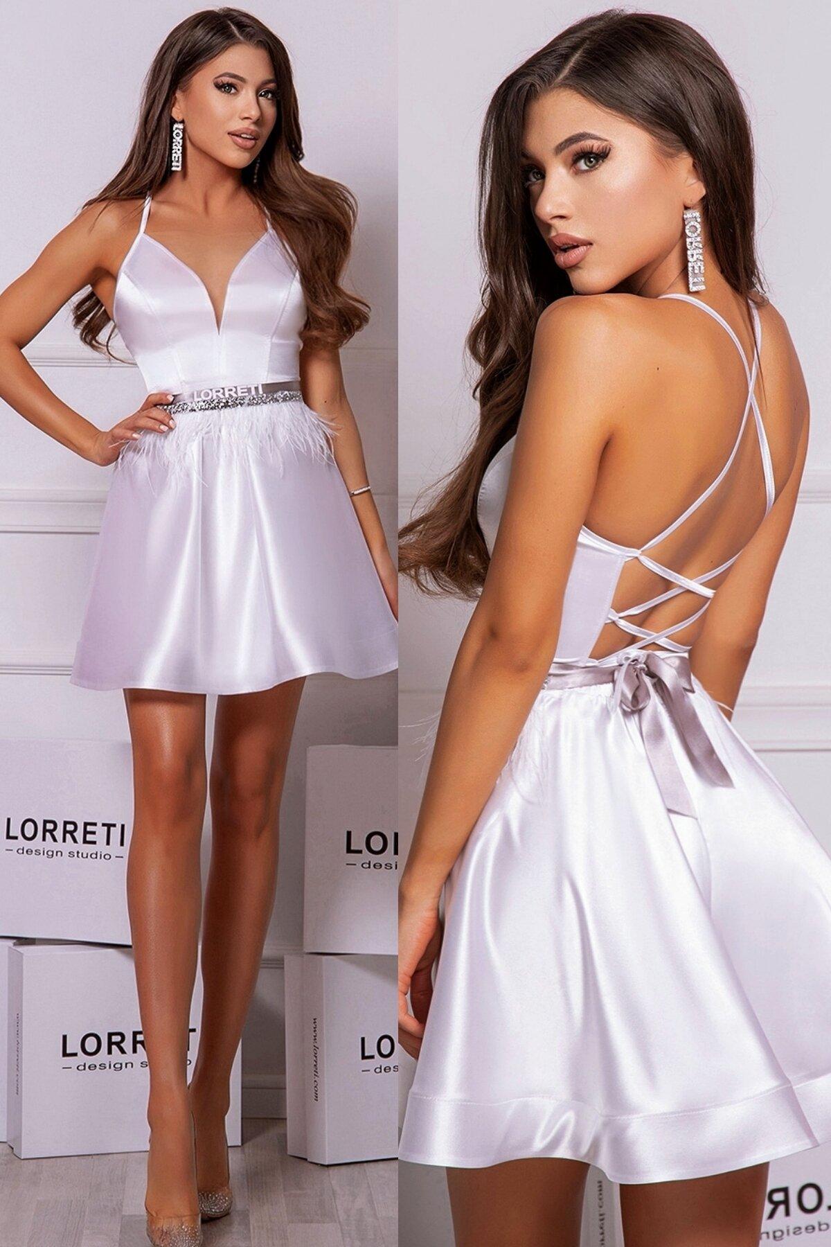 Коктейлна къса рокля цвят бял сатенена lorreti лора лилова