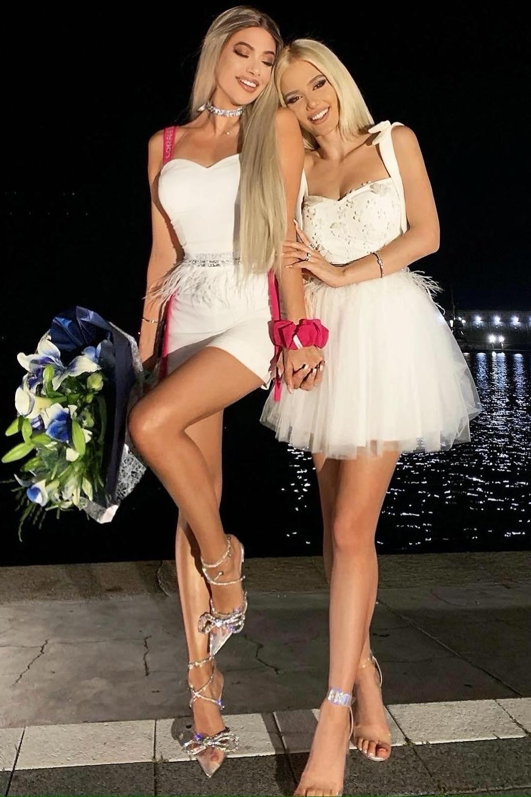 """Коктейлна къса рокля """"Mary"""" цвят бял"""