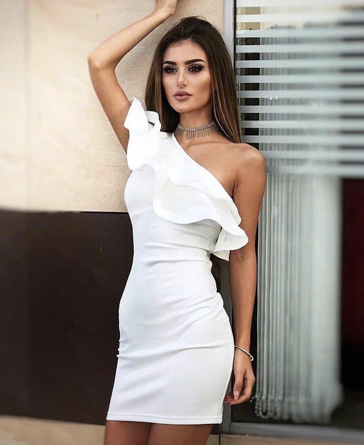 Коктейлна къса рокля цвят бял lorreti лидия