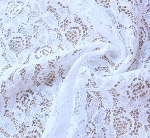 Дантела памучна - цветя бели